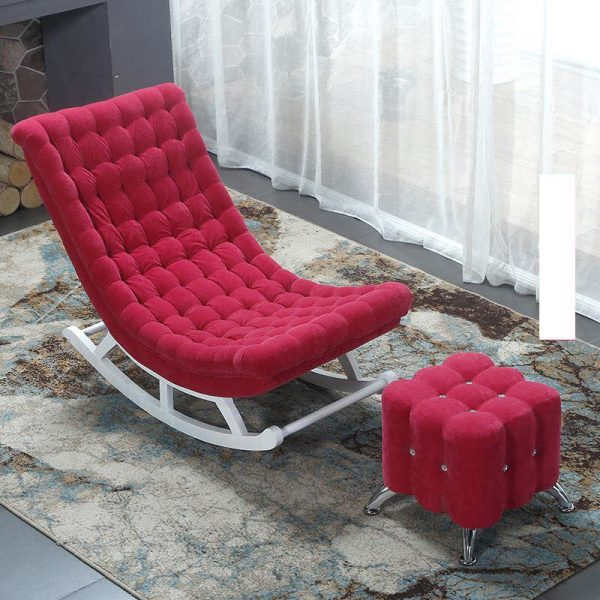 Ghế bập bênh bọc vải màu đỏ