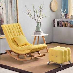 Ghế bập bênh bọc vải màu vàng